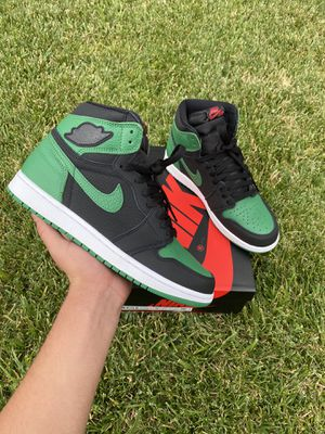 Jordan 1 Retro High Pine Green Black for Sale in Palmdale, CA