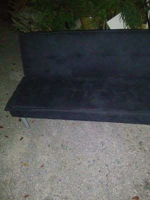 Black futon good condition for Sale in Pompano Beach, FL