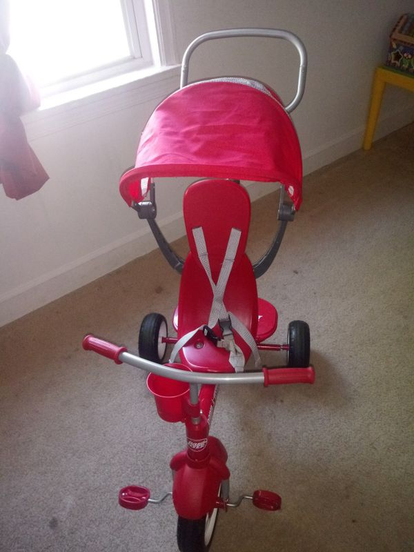 Tricycle unisex good condition for 2 to 5 years