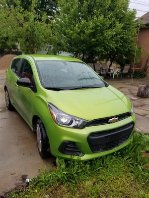 Chevy spark 2016 for Sale in Detroit, MI