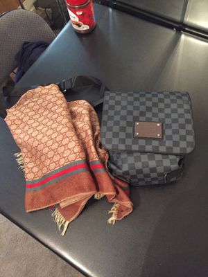 Gucci silk scarf and off white Louis Vuitton satchel for Sale in Willow Springs, IL