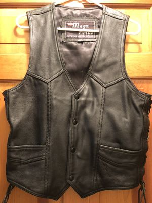 MEGA FORCE LEATHER PROTECTION MOTORCYCLE RIDING VEST - MEN'S SIZE 42 for Sale in Wales, MA