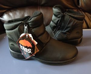 Boots-NWT-Totes Women's PUFFY Lightweight Waterproof Winter Comfort/Rain/Snow for Sale in TN OF TONA, NY