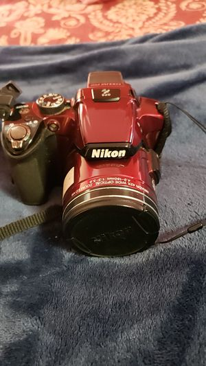 Nikon coolpix p510 comes with three batteries and charger, and carrying case for Sale in Portland, OR