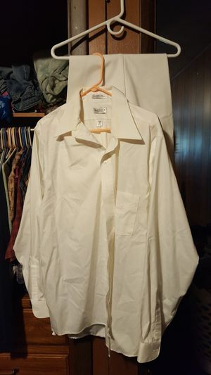 Van Heusen Dress suit for Sale in Hope, MI