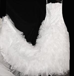 Brand New David's Bridal Wedding Dress, Size 16 for Sale in Atlanta, GA