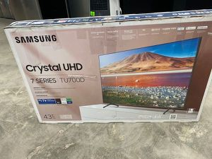 Samsung 43 inch tv 📺 ZB for Sale in Los Angeles, CA