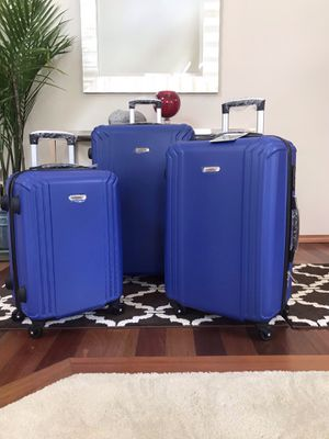 Excellent lightweight luggage set for Sale in Renton, WA