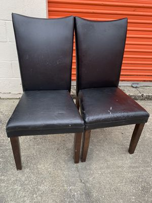 2 leather chairs for Sale in Columbia, SC