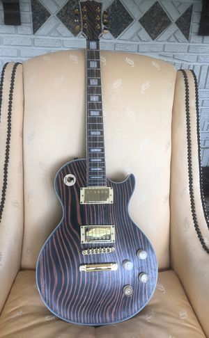 Custom les Paul style guitar. Very unique! All high quality parts. Professionally set up for great sound and easy playing! for Sale in Saint Petersburg, FL