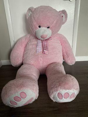 5 feet huge teddy bear for Sale in Bethel Park, PA