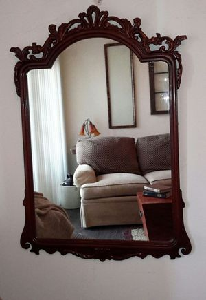 ANTIQUE LARGE MAHOGANY CHIPPENDALE STYLE ORNATE MIRROR for Sale in Sheridan, CO