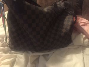 Real Louis Vuitton Tote Bag for Sale in Hyattsville, MD