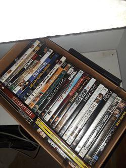 DVD usados.Caja con 20 unidades. for Sale in Orosi,  CA