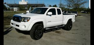 Toyota tacoma 2005 for Sale in Chicago, IL