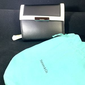 Tiffany & Co Luxury Wallet for Sale in Peekskill, NY