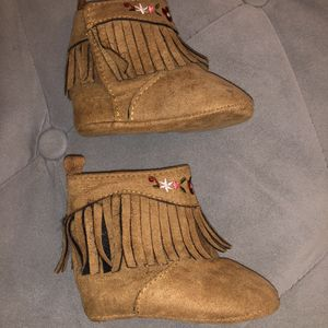 Baby Girl Boots Size 3 Months Pick Up for Le$$ for Sale in Inglewood, CA