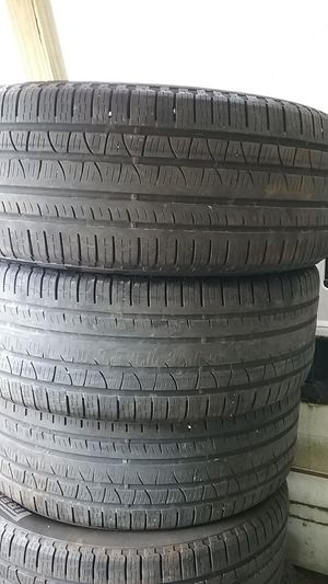 255/50/20 Pirelli tires for Sale in Penn Hills, PA