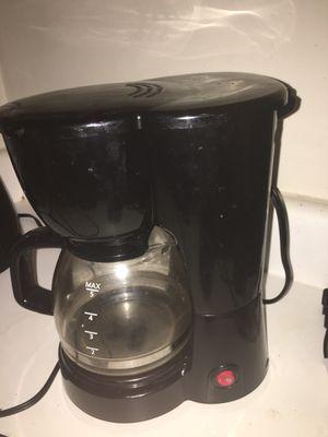 Blender, coffee pot, and crock pot for Sale in Evansville, IN