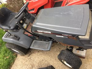 Riding lawn mower craftsman - non running for Sale in Strongsville, OH