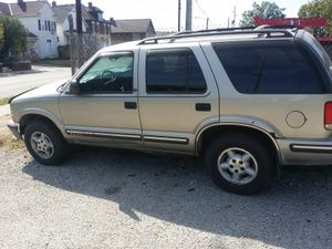 1999 Chevy blazer only 119k miles!!! for Sale in Columbus, OH