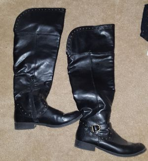 Black leather thigh high boots size 8.5 for Sale in Laveen Village, AZ