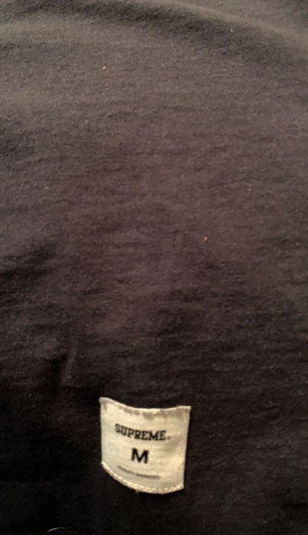 Supreme t shirt