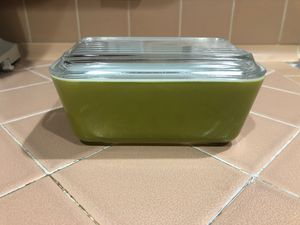 Vintage Pyrex refrigerator dish for Sale in La Habra Heights, CA