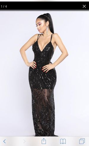 Black Sequin Prom Maxi Dress & Fur Shawl for Sale in Cleveland, OH