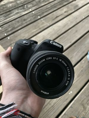 Canon rebel t5i like new for Sale in Lakeland, FL