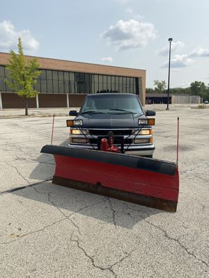Chevy pick up truck Silverado 4x4 C/K 1500 plow truck for Sale in Melrose Park, IL