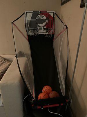 Basketball hoop for Sale in Pompano Beach, FL