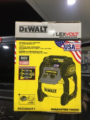 DEWALT cordless drill air compressor kit for Sale in Houston, TX
