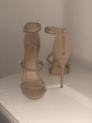 NUDE OPEN TOE HEELS! WORN TWICE!! PERFECT CONDITION for Sale in Los Angeles, CA