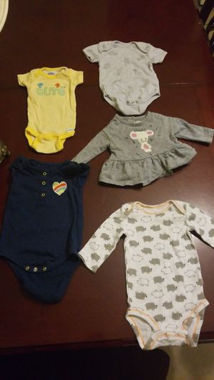 Baby clothes for girl 0-3m for Sale in Orlando, FL
