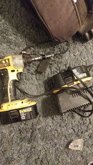 Dewalt impact comes w extra and charnger for Sale in Tulsa, OK