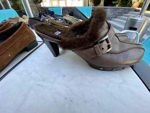 Designer woman's dress shoes, size 11 for Sale in Arlington, WA