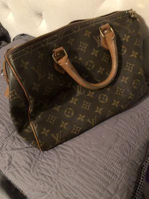 Louis Vuitton authentic 30 speedy for Sale in Phoenix, AZ