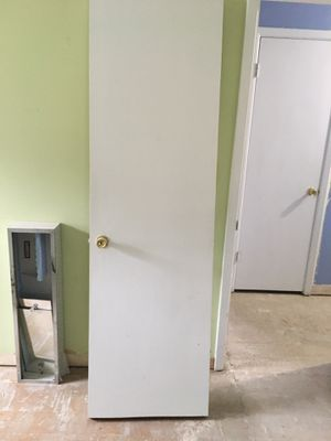24 inch solid wood doors - 2 available. for Sale in Elk Grove Village, IL