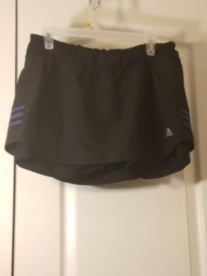 Womens Adidas athletic skort like new size large for Sale in Murfreesboro, TN
