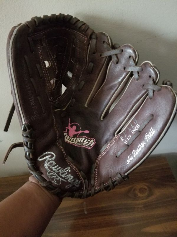 Rawlings leather softball glove