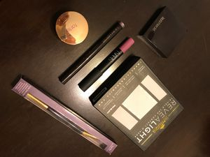 AUTHENTIC MAKEUP BUNDLE for Sale in Chula Vista, CA