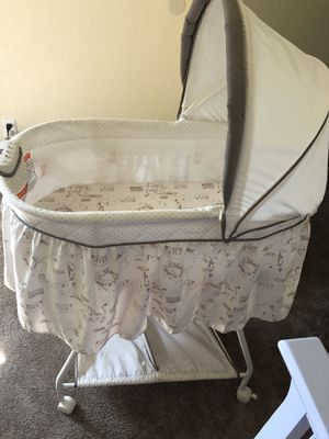 Baby crib good conditions for Sale in Vallejo, CA