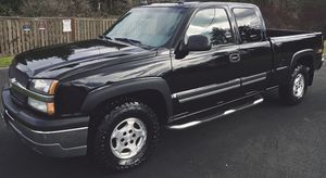 NO RUST NO ANY LEAKS CHEVY SILVERADO CLEAN TITLE for Sale in Chesapeake, VA