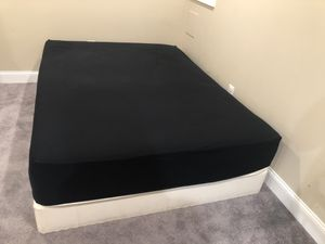 Free Queen mattress & boxspring for Sale in Baltimore, MD
