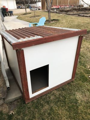 Dog house (large) for Sale in Eagle, ID