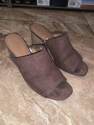 Size 8.5 Brown Suede Open Toe Heel for Sale in Bell, CA