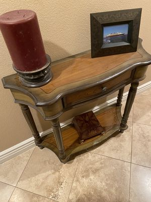 Entry table with one drawer and bottom shelf for Sale in Murrieta, CA