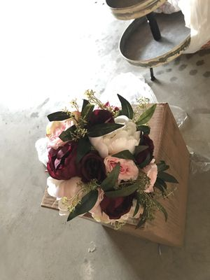 Faux wedding bouquet for Sale in Acampo, CA