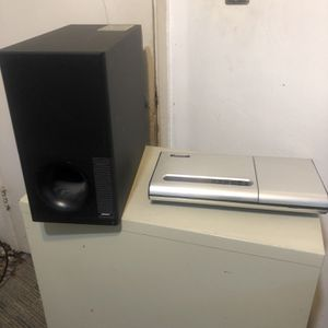 Boss 5 Speakers 1 CD Good Condition 300$ for Sale in San Diego, CA